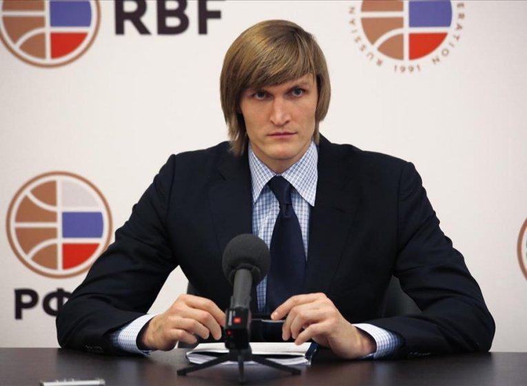 Андреј Кириленко реизбрaн за претседател на руската кошаркарска федерација