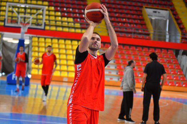 """Марко Симоновски пред почетокот на """"балонот"""": """"Одиме без калкулации, и против Италија и против Естонија""""!"""