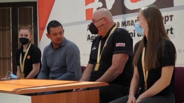 """Прием во АМС на младите македонски кошаркарки, освојувачки на """"Челенџерот"""" во Тбилиси"""