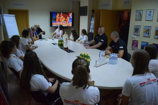"""Златните одличја и трофеите од Тбилиси во """"Куќата на кошарката"""""""