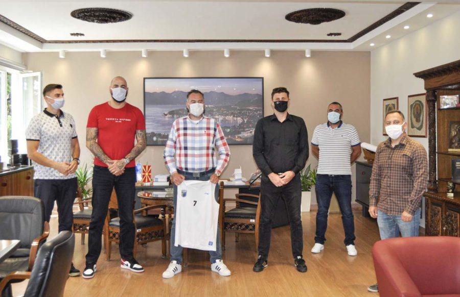 КФСМ со поддршка до новоформираниот градски кошаркарски клуб во Охрид
