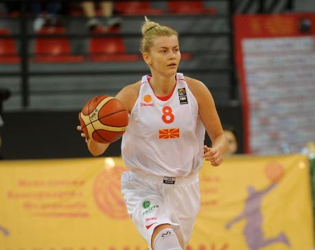 Јелена Антиќ за актуелниот момент: Се гледаме во ноември, на терен, во дресот на нашиот национален тим!