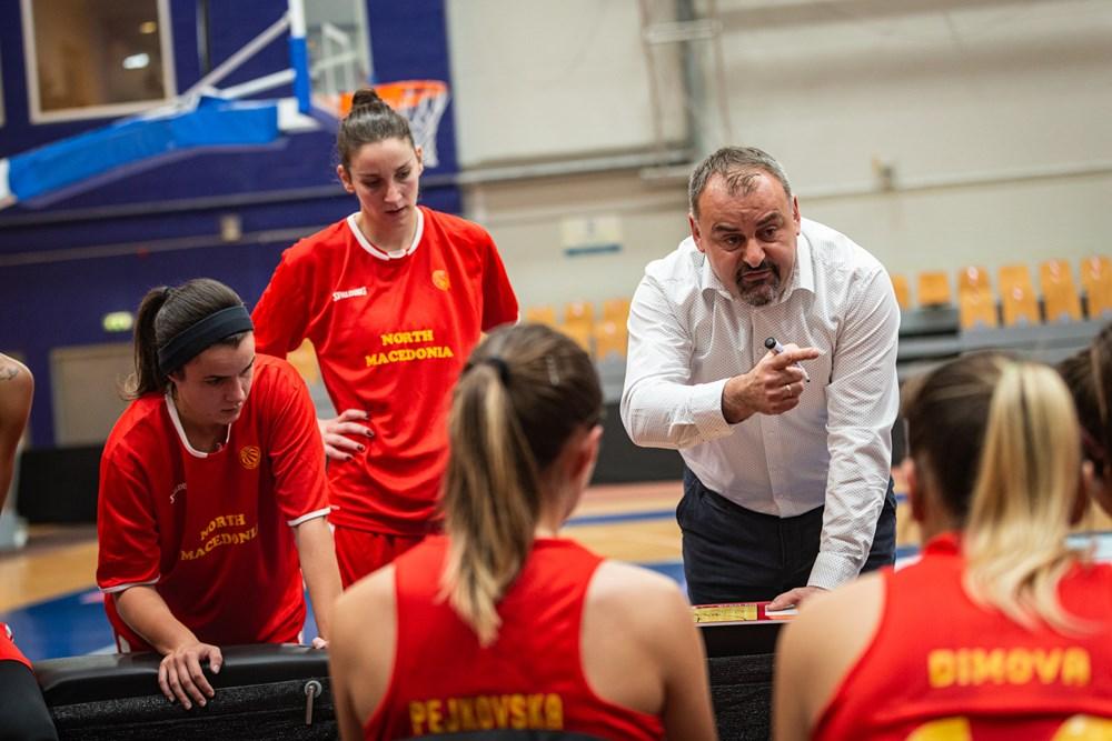 """Мини анализа на селекторот Ѓоровиќ: """"Не можам да бидам задоволен по пораз, но девојките одиграа ангажирано и карактерно!"""