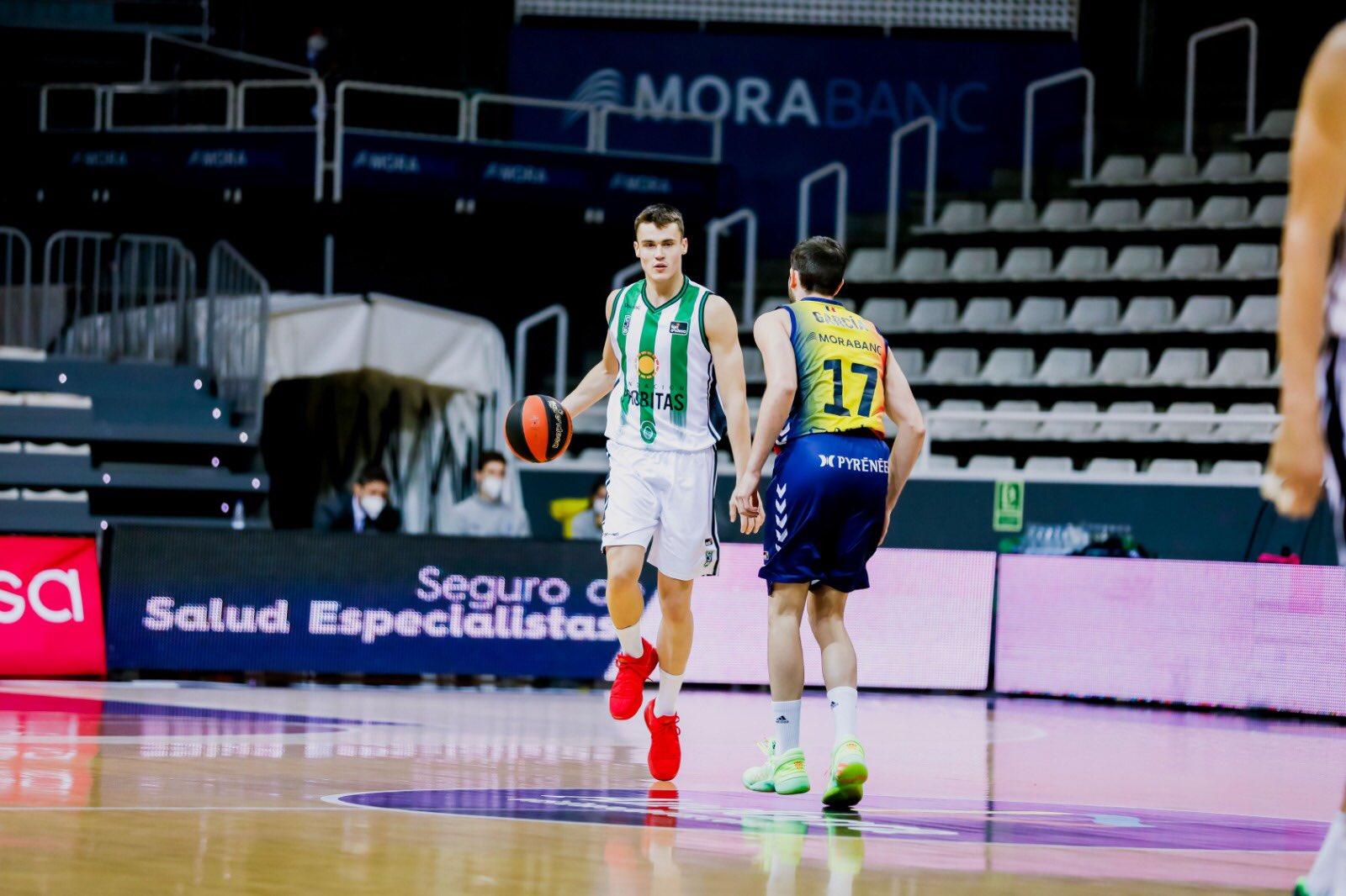 """""""Ендеса"""" лига на Шпанија: Димитријевиќ е играчот на одлука во Хувентуд!"""