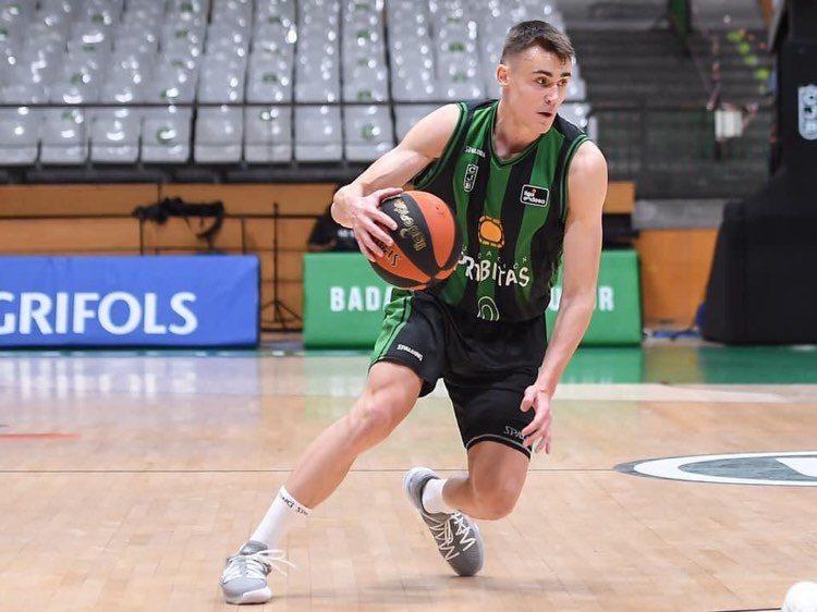 ЕВРОКУП: Димитријевиќ не знаеше да погреши, Хувентуд е во четвртфиналето, ги чека Виртус Болоња!