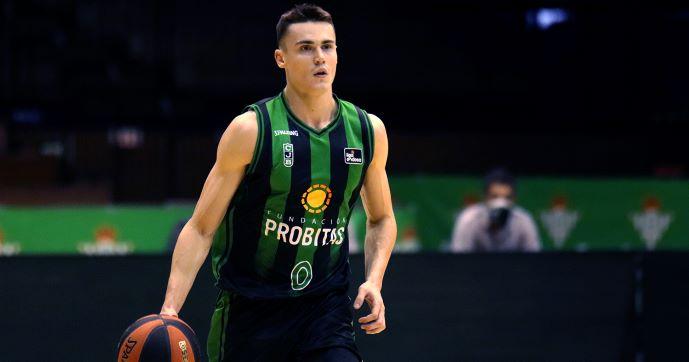 """Потезите на Димитријевиќ меѓу најдобрите во 4. коло од """"Ендеса"""" лигата (ВИДЕО)"""