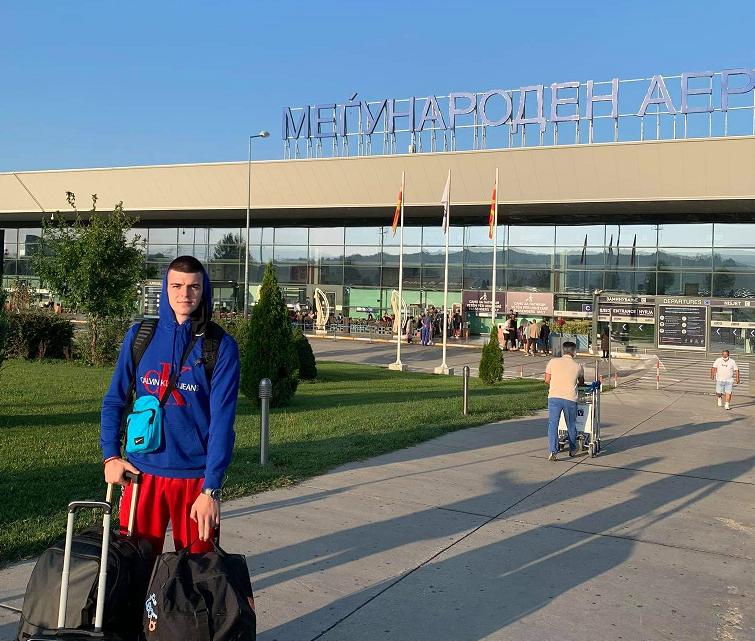 """Андреј Јакимовски полета кон американскиот предизвик со порака: """"Секогаш сум спремен да играм за Македонија""""!"""