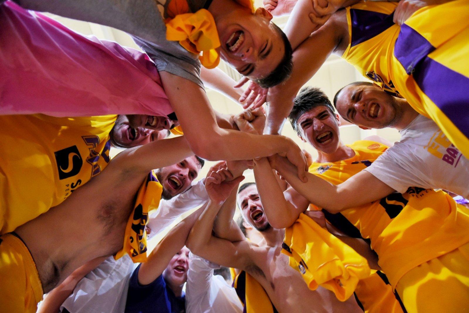 ВТОРА ЛИГА-МАЖИ: Феникс 2010 е нов прволигаш!