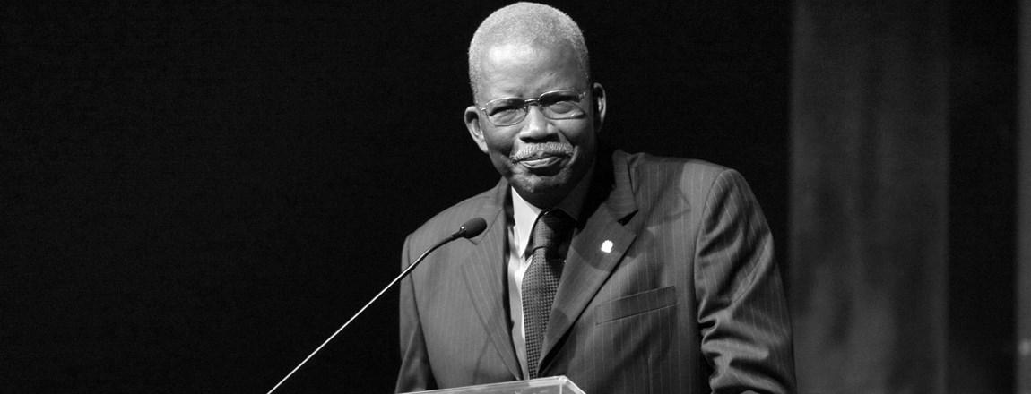 IN MEMORIAM: Почина поранешниот претседател на ФИБА, Абдулај Сеје Моро