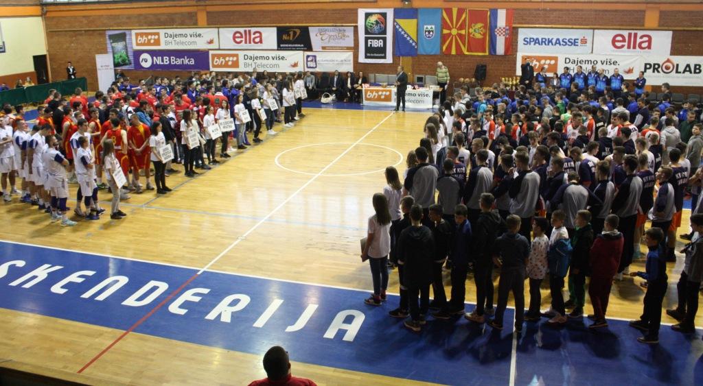Јуниорите го освоија шестото место на турнирот во БиХ
