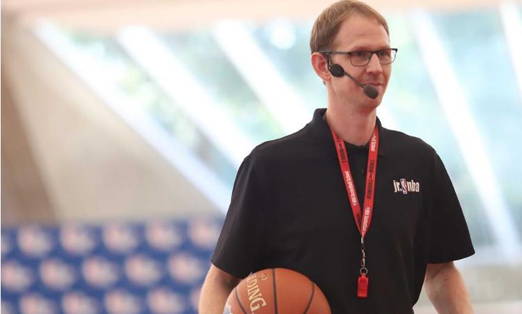 ГОСТИ – ПРЕДАВАЧИ НА ТРЕНЕРСКИОТ СЕМИНАР: Босвел го носи шмекот на НБА во Скопје