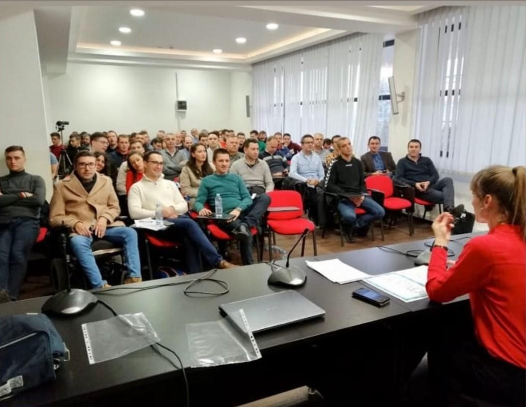 Успешно реализиран полусезонскиот семинар на кошаркарски судии и делегати