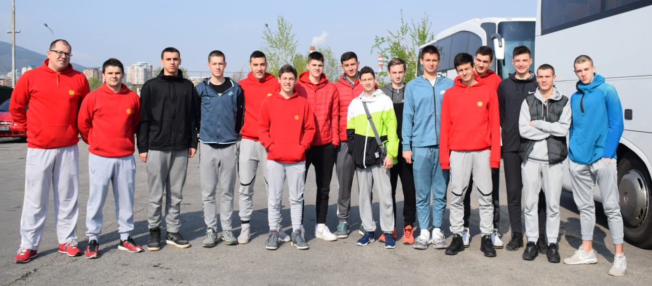 Кадетите заминаа за Србија