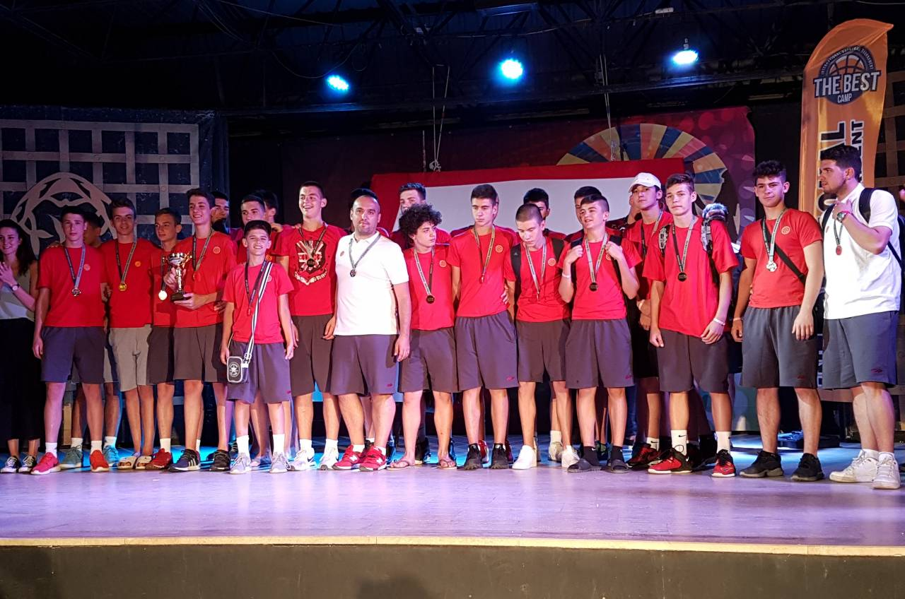 Селекциите до 14 и до 15 години првопласирани на камп-турнирот во Турција