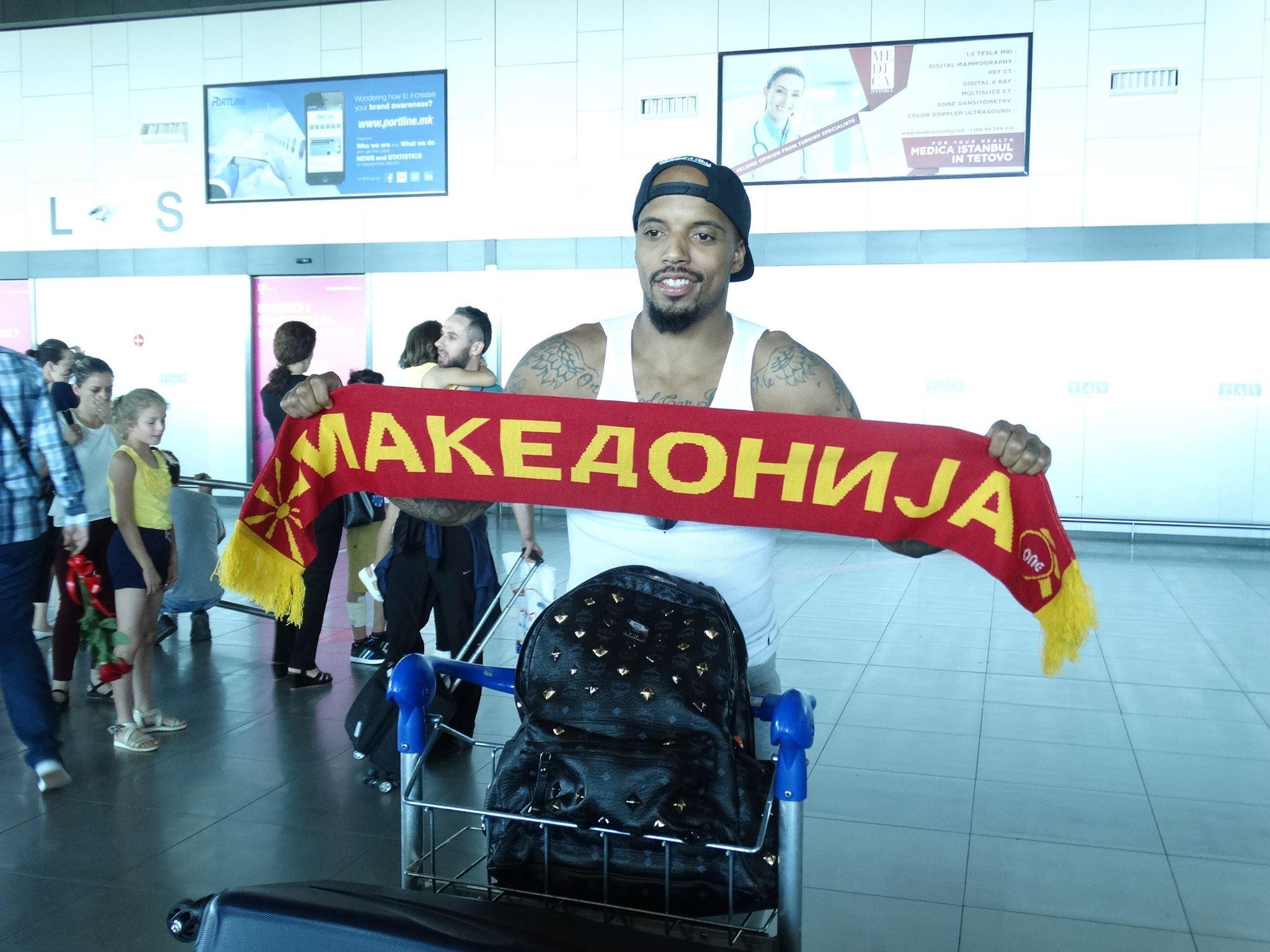 Џордан Теодор е македонски државјанин: Нема да биде лесно, но знаете Рим не е изграден за еден ден!