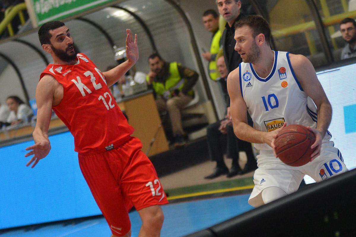 СУПЕР ЛИГА: Втора победа за бранителот на титулата МЗТ Скопје Аеродром
