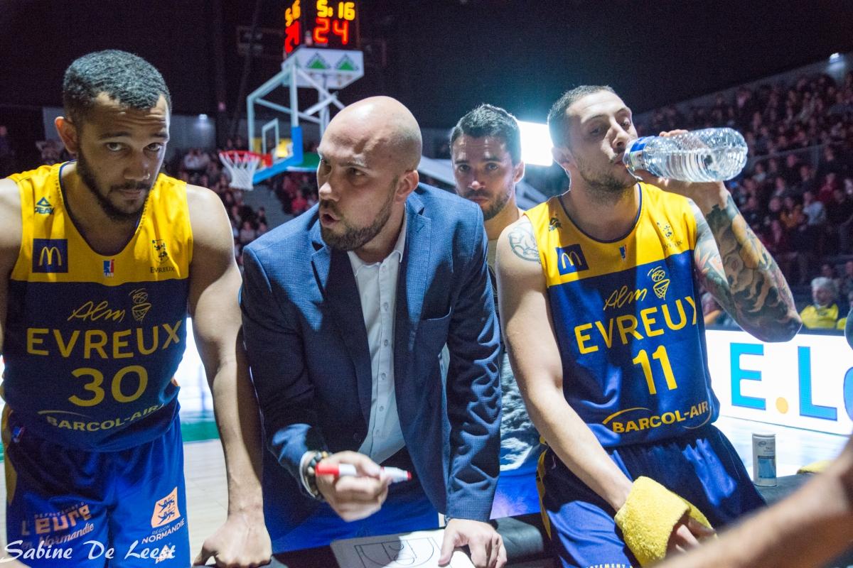 КРИЗА ВО ЕВРЕ: И Ѓуроски доби нов тренер, доаѓа од Балканот