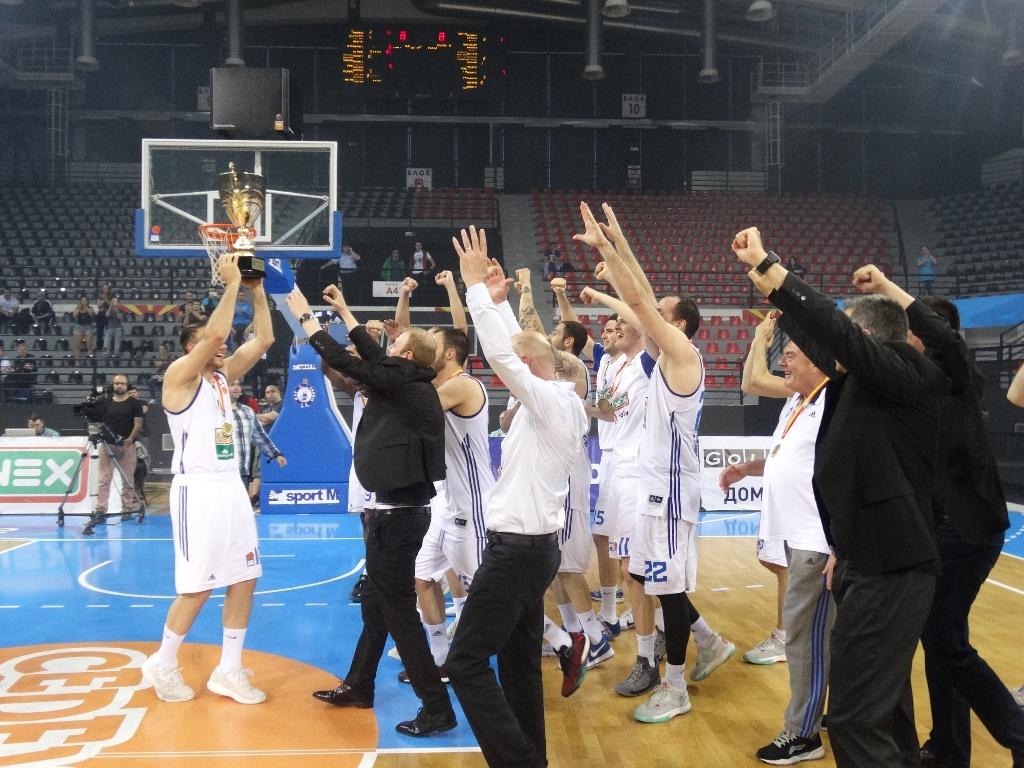 ФОТО: Шеста шампионска титула за МЗТ Скопје Аеродром