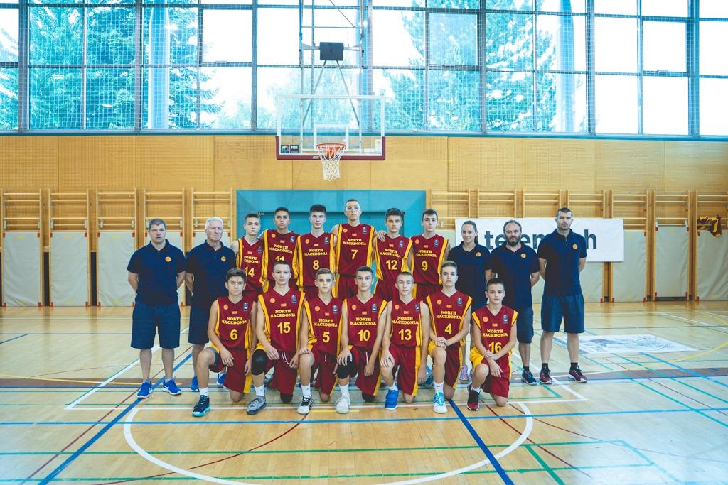 Кошаркарите до 14 години завршија со настап на Slovenia Ball